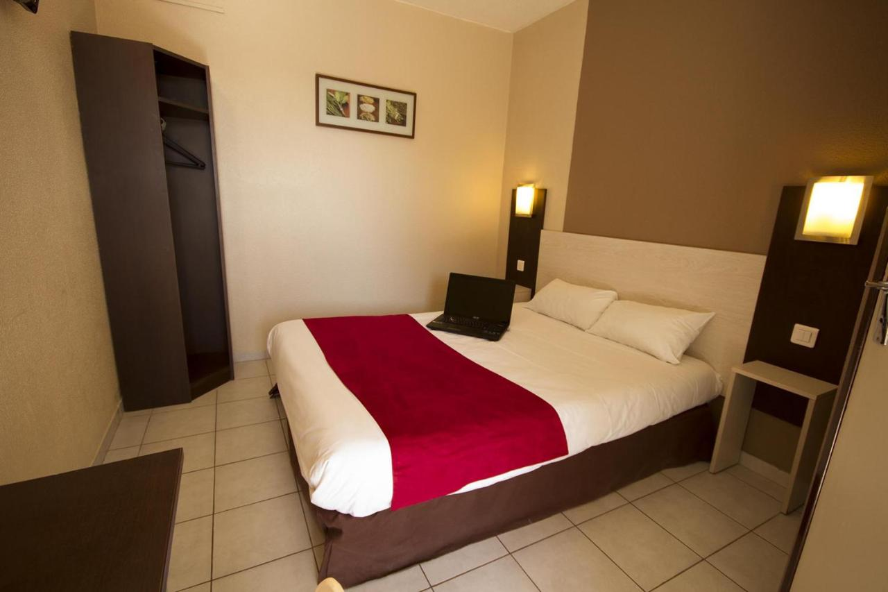 Hotels In Villeveyrac Languedoc-roussillon