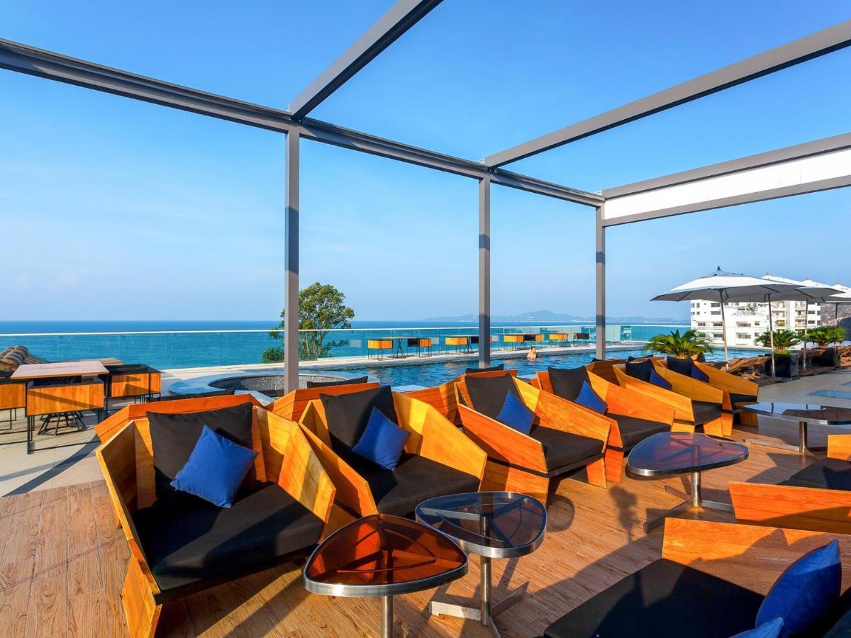 Ресторан Horizon Rooftop Bar в Hilton Pattaya, Бар и Ресторан на Крыше в Паттайе