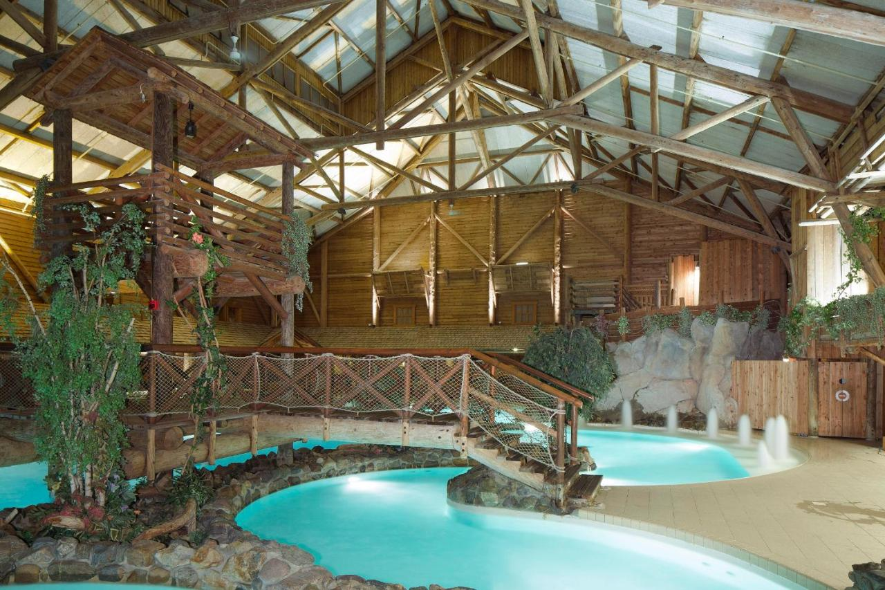 Hotel davy crockett ranch disneyland paris for Piscine davy crockett