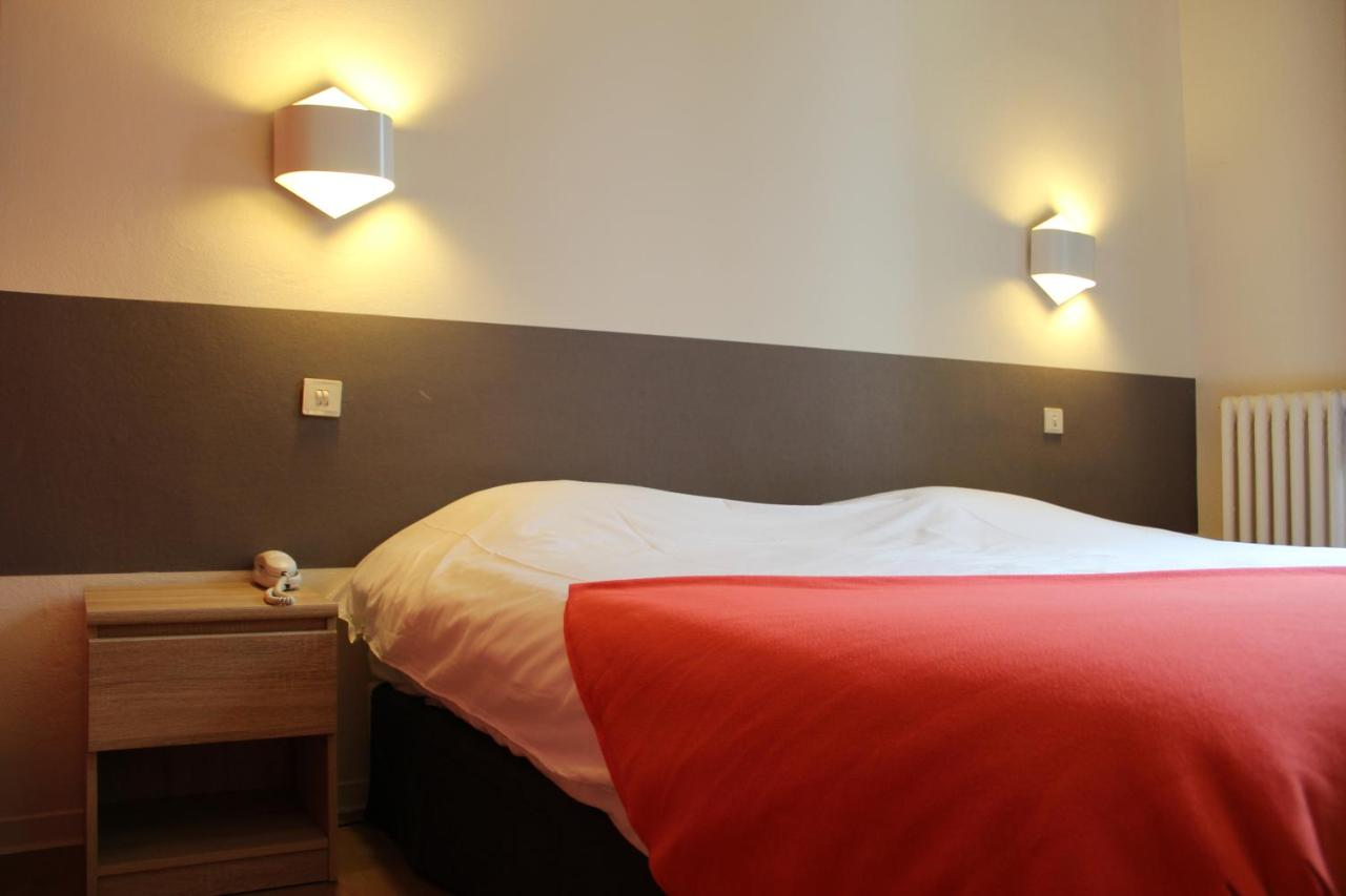 Hotels In Pierrerue Languedoc-roussillon