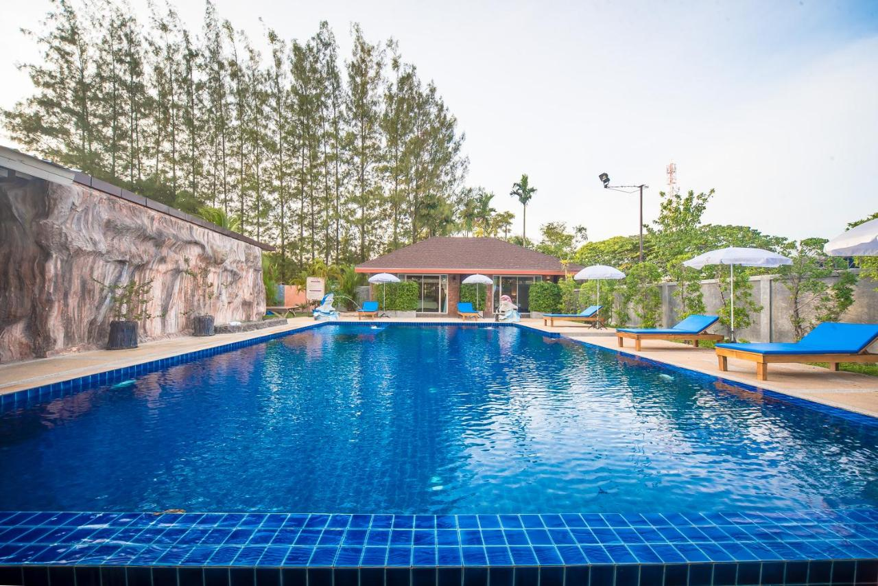Hotels In Ban Bang Khu Phuket Province