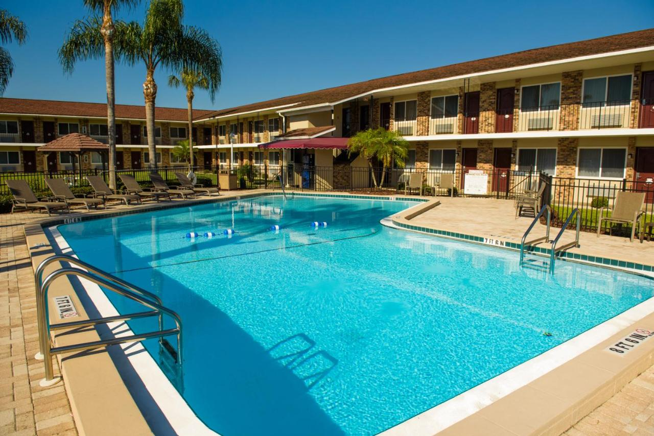 Hotels In South Clinton Heights Florida