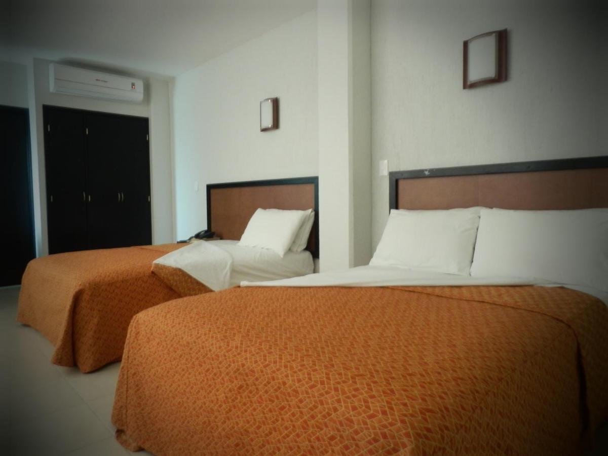Hotels In El Otatal Chiapas
