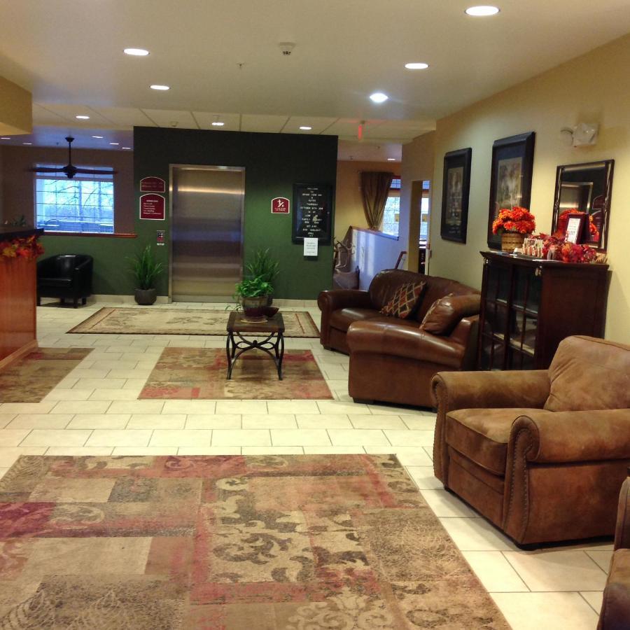 Grand View Inn & Suites, Wasilla, AK - Booking.com