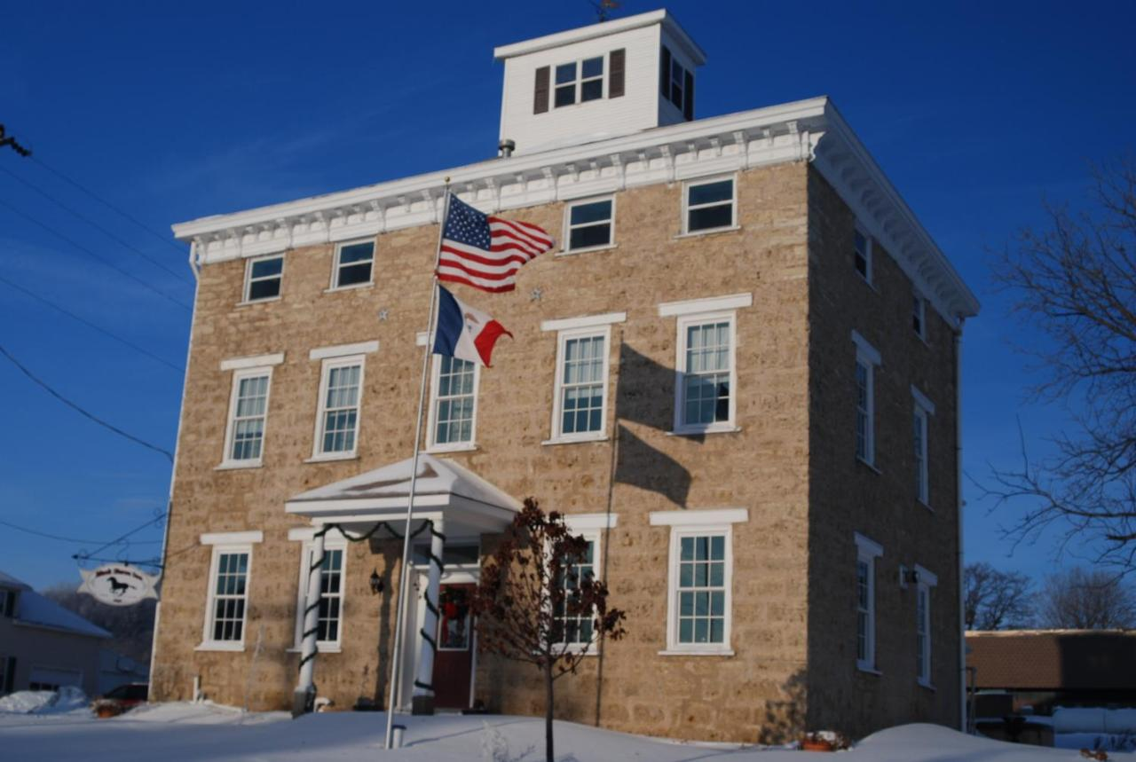 Bed And Breakfasts In Peosta Iowa