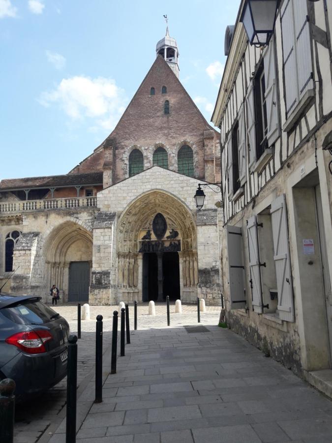 Guest Houses In Nogent-sur-seine Champagne - Ardenne