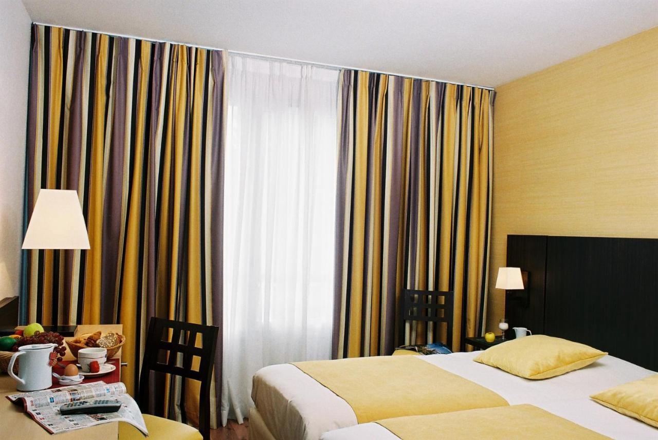Hotels In Neuville-lès-decize Burgundy