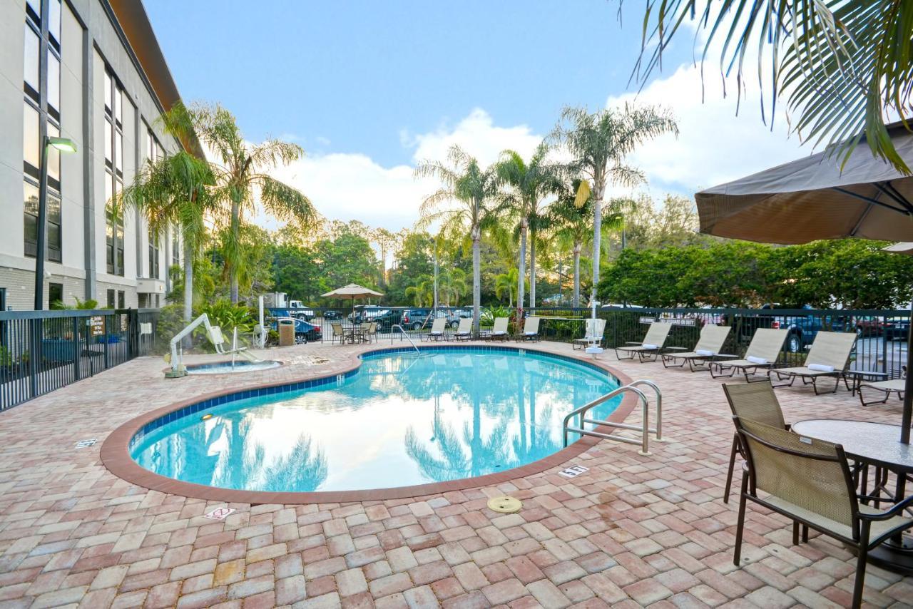 Hampton Inn Sarasota I-75 Bee Ridge, FL - Booking.com