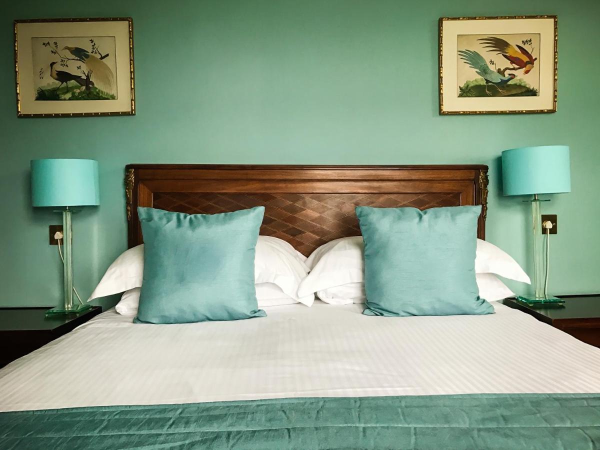 Hotels In Stowford Devon