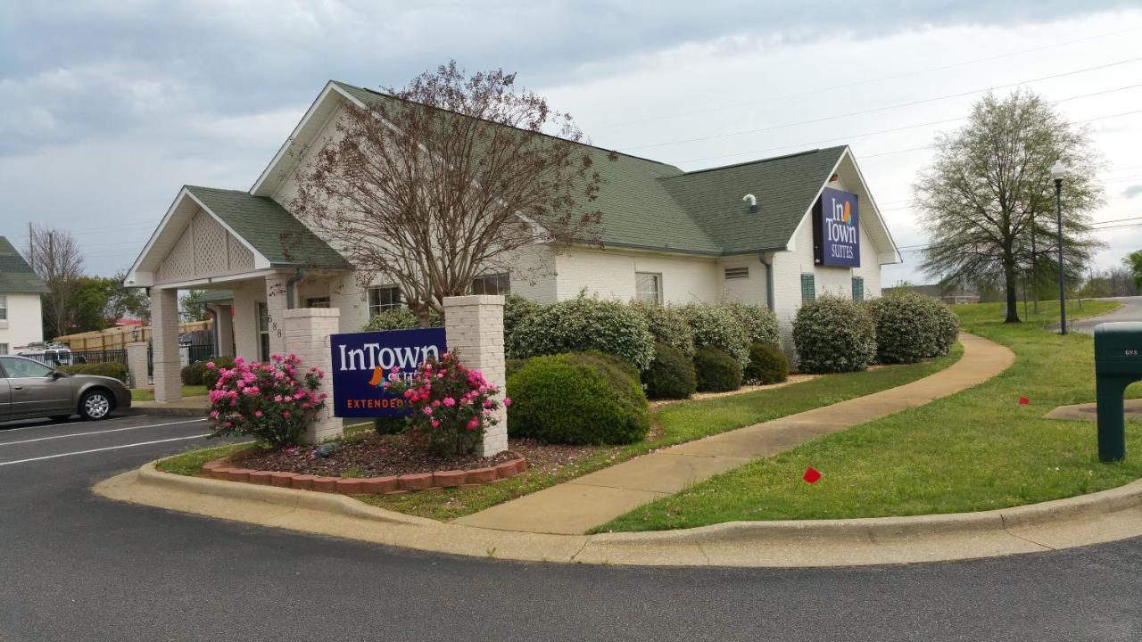 Hotels In Millbrook Alabama