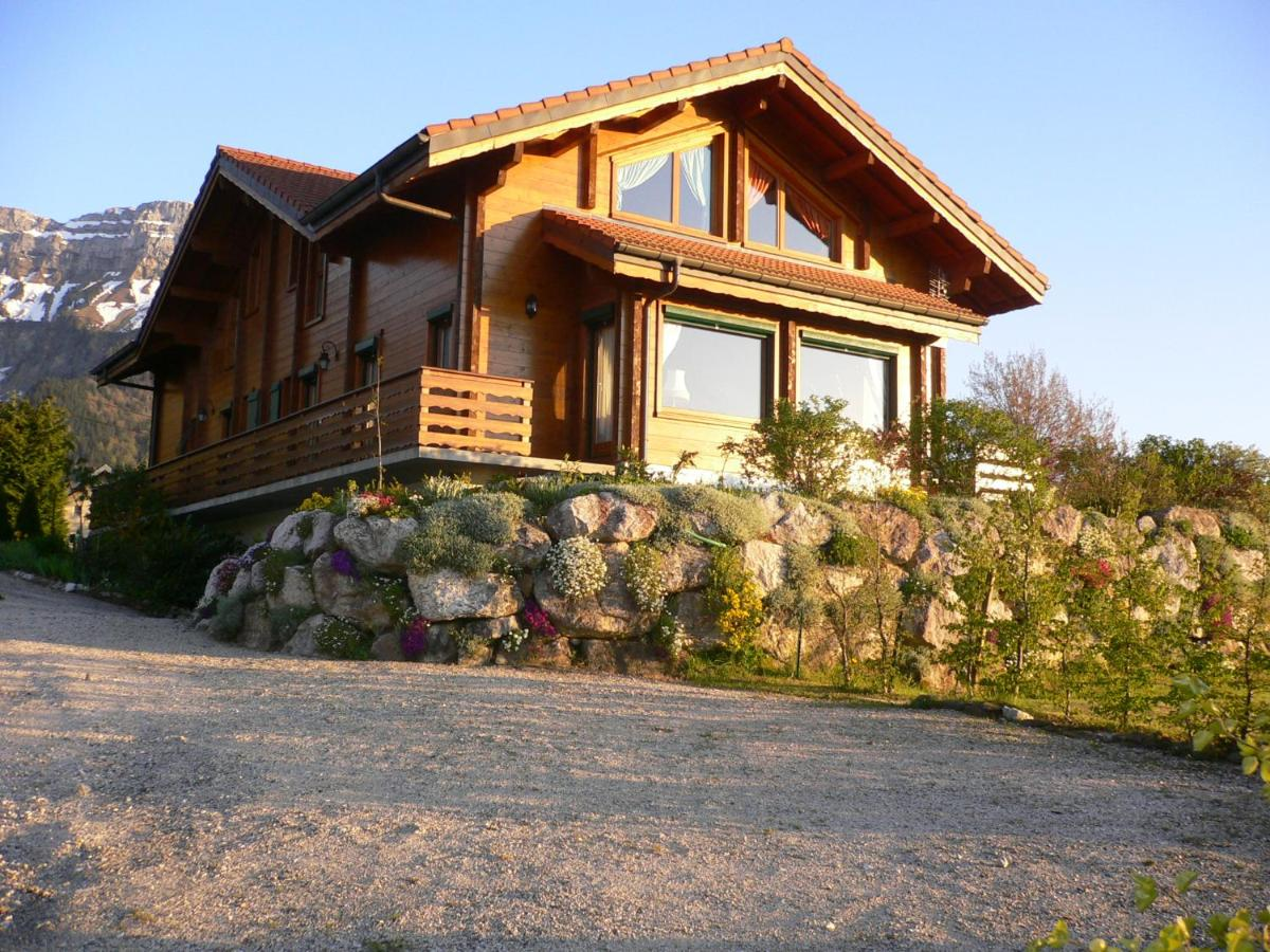 Bed And Breakfasts In Usillon Rhône-alps