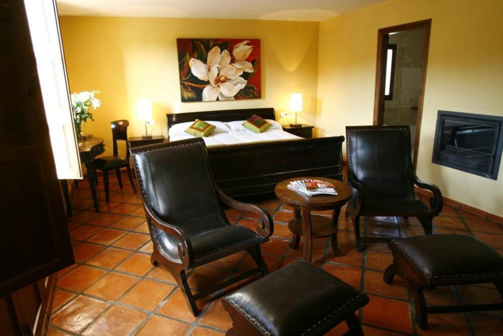 boutique hotels in castellnovo  17