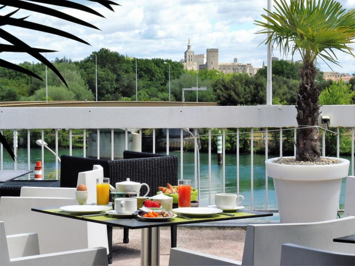 Hotels In Villeneuve-lès-avignon Languedoc-roussillon