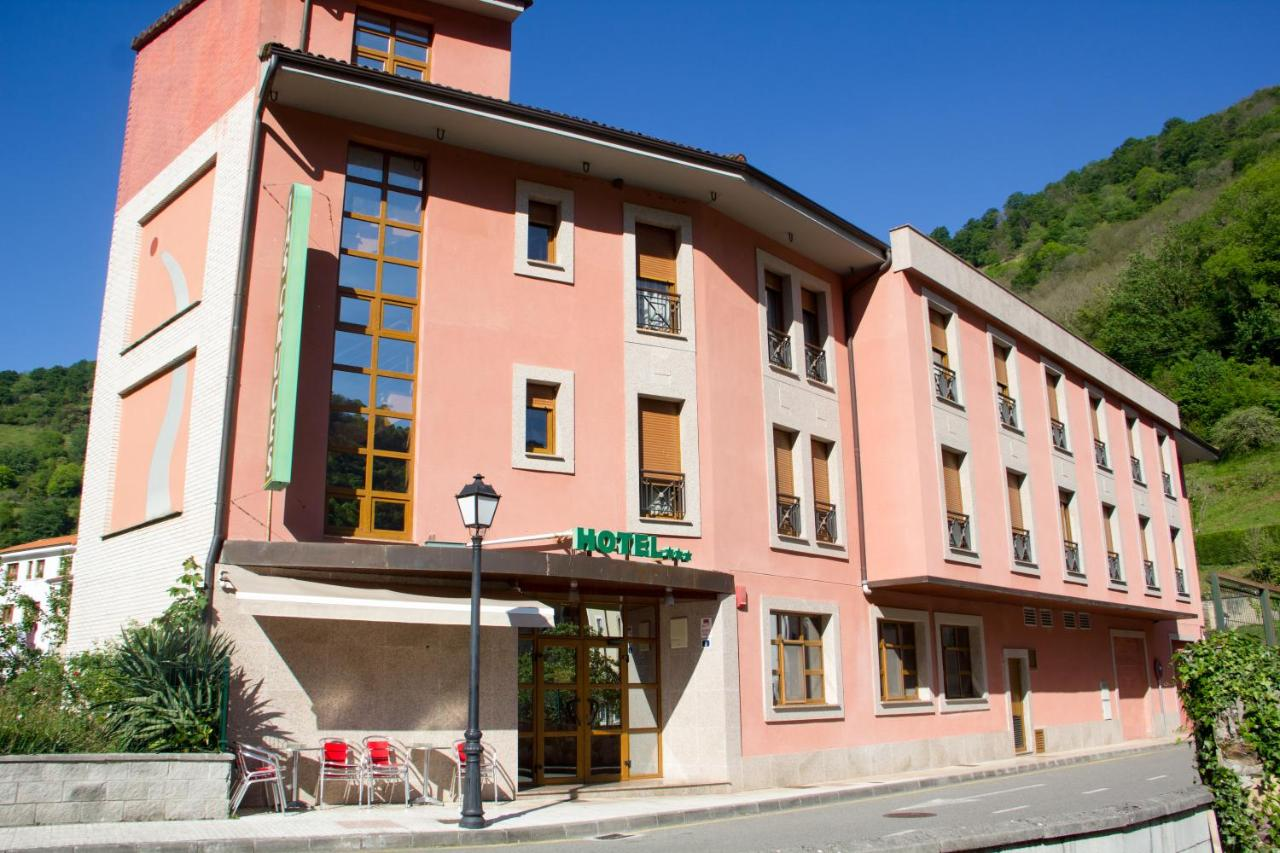 Hotels In Fresnedo Asturias
