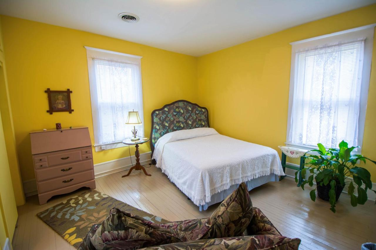 Bed And Breakfasts In Groometown North Carolina