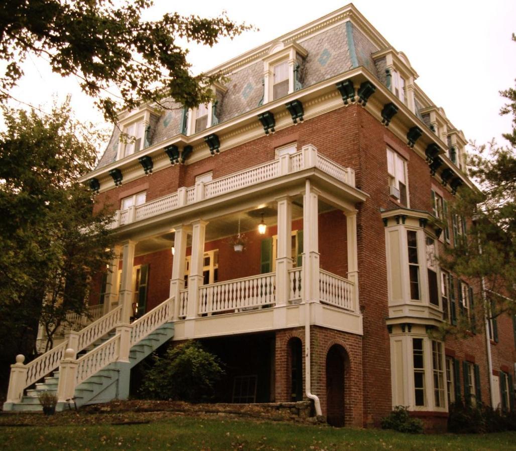 The Inn at Felt Manor, Galena, IL - Booking.com