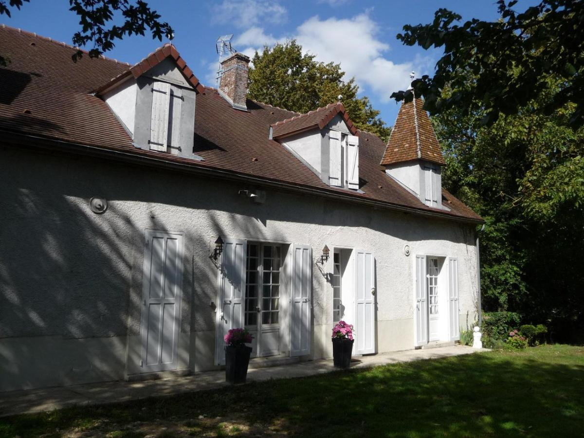 Guest Houses In Romery Champagne - Ardenne