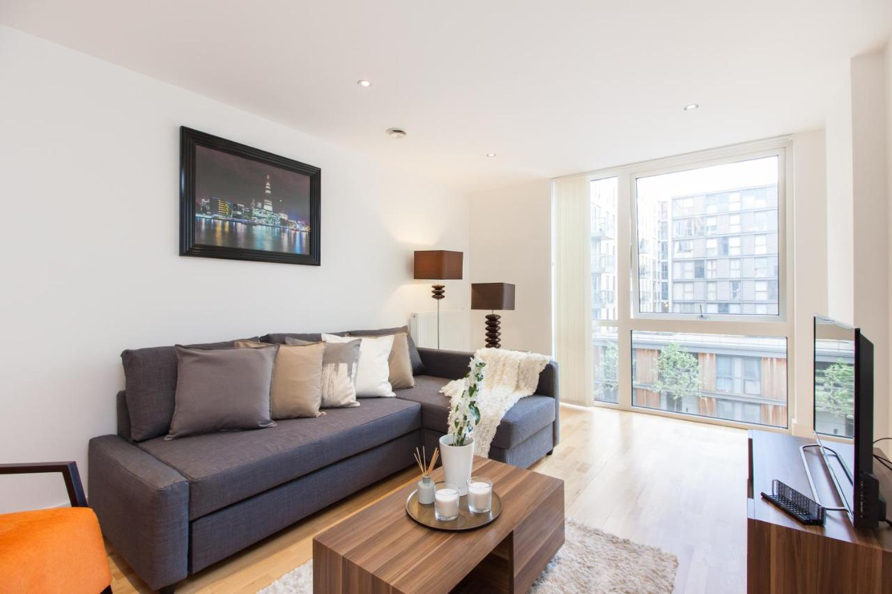 Modern Riverside Apartment Greenwich, London – Updated 2018 Prices
