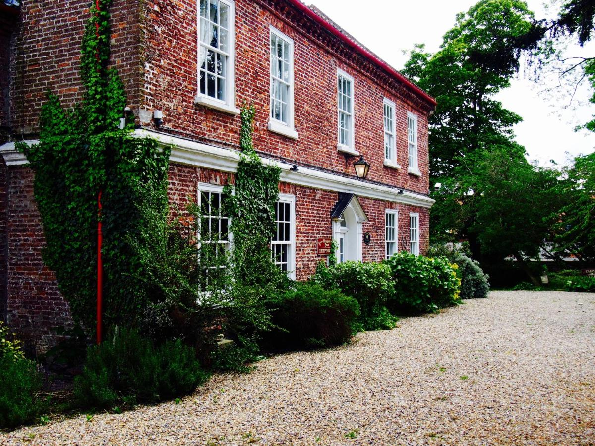Hotels In Foxholes East Riding Of Yorkshire