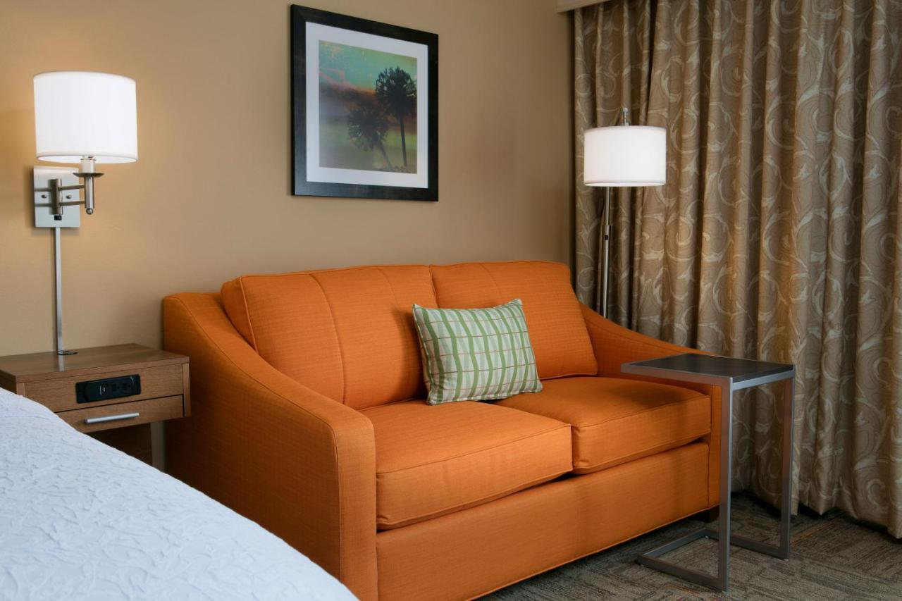 Hotel Hampton Shawnee Mission, KS - Booking.com