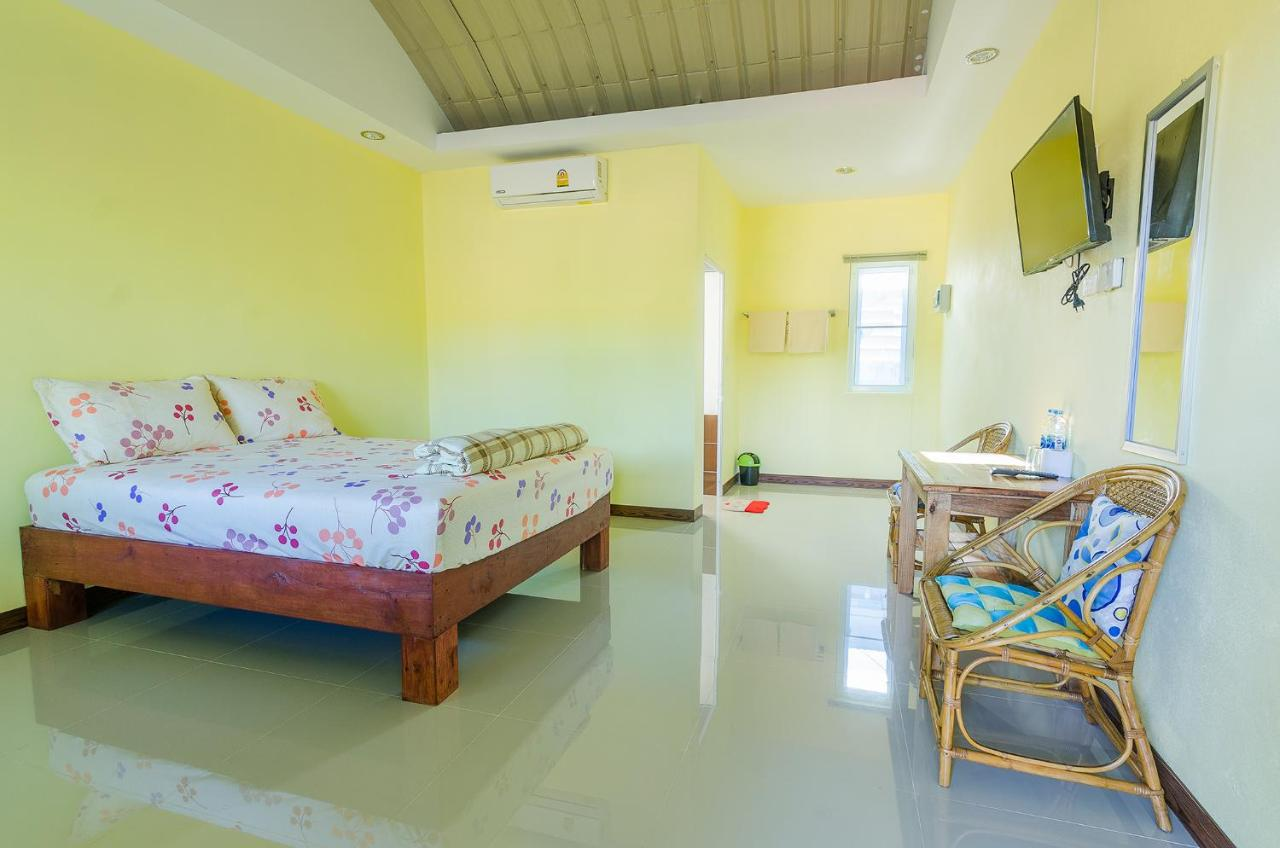Resorts In Ban Na Cha-ang Chumphon Province