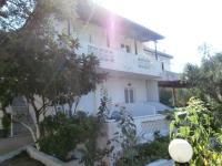 Billy`s Amoudi Apartments