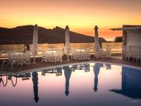 Aspalathras White Hotel