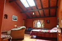 The Lazy Dog Inn a Mountain Lodge