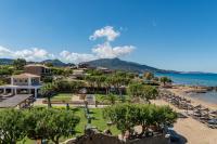 Plaka Beach Resort