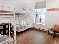 Auberge HI Montreal Hostel