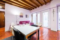 Apartamentos con Patio by Toledo Ap
