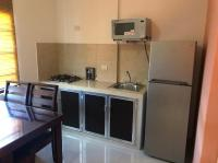 Acogedor apartamento con Cocineta. Todos los servicios Wifi, Netflix.
