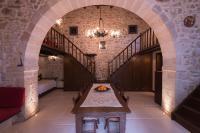 Roustika Stonehouse