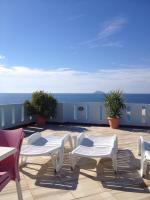 Kostas Rooms & Apartments