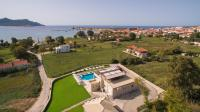 Niriides Luxury Villas