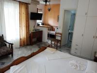 Grivas Apartments