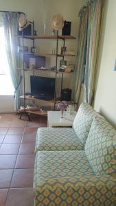 Een bed of bedden in een kamer bij Apollonia apart-hotel