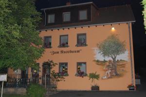 Hotel zum Nussbaum
