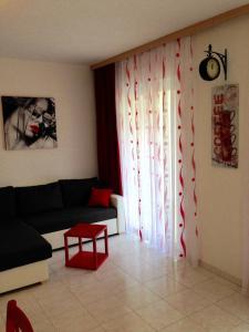 A seating area at Villa Jasmin
