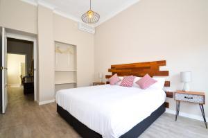 A bed or beds in a room at Apartamento Pastor y Landero