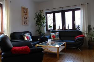 A seating area at Gästehaus Fürst