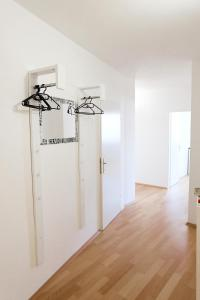 A kitchen or kitchenette at Amici Apartments Prater