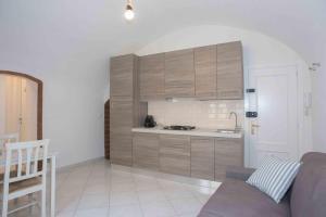 A kitchen or kitchenette at Le 3B - Finalborgo
