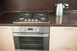 Кухня или мини-кухня в Apartment, Mayskaya, 24
