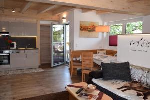 Küche/Küchenzeile in der Unterkunft Ferienwohnung Trixl