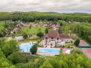 Vue panoramique sur l'établissement Residence Château Cazalères 1