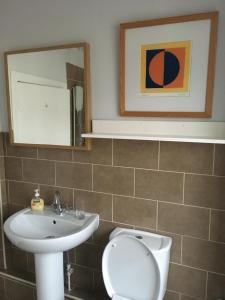 A bathroom at Kings Seat