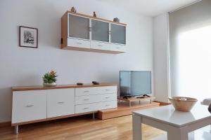 A kitchen or kitchenette at El Teu Habitatge a Tremp 3