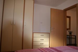 米杜勒亚斯公寓酒店 (Apartments Mrduljaš)