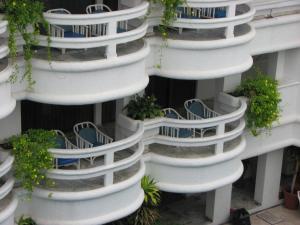 曼萨尼约广场酒店及套房 (Hotel & Suites Plaza Manzanillo)
